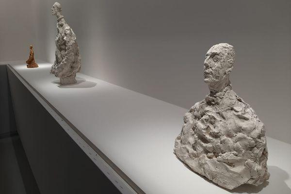 Giacometti demandait énormément d'efforts à ses modèles en les faisant poser des heures, voire des jours.