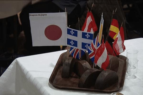 Plus de 600 variétés régionales et mondiales sont proposées au palais des juges du concours international du meilleur boudin noir de Mortagne-au-Perche