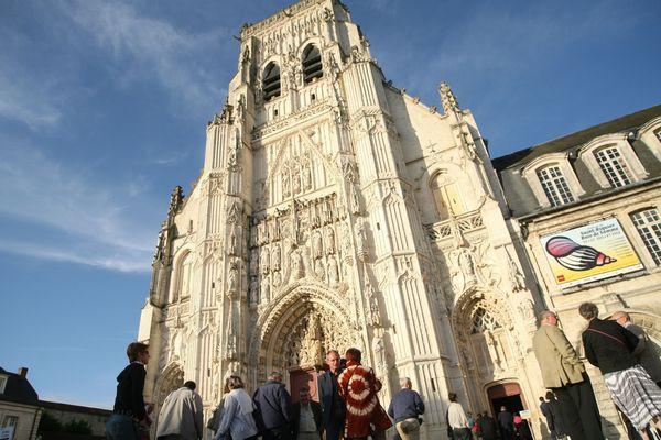 Pour les journées du patrimoine, l'abbaye de Saint-Riquier (Somme) propose une visite de ses jardins fruitiers.