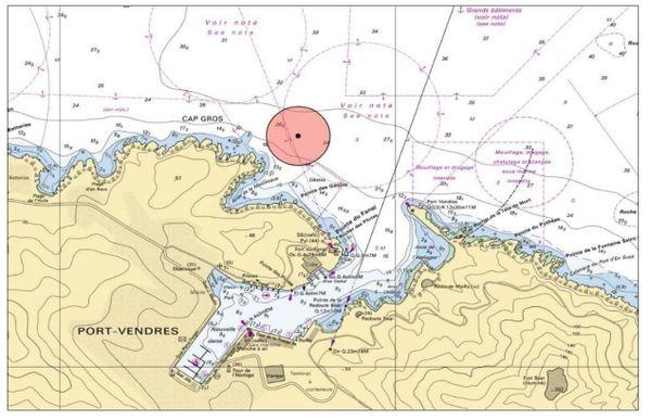 Carte de localisation de l'engin explosif au large de l'Anse de la Mauresque face à Port-Vendres et de la zone d'exclusion - 2021.