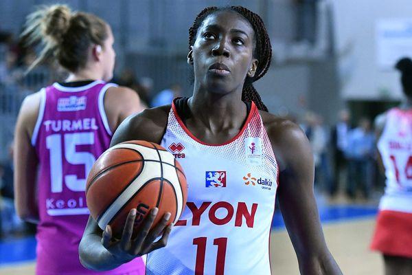Djéné Diawara du Lyon Basket Féminin - Match contre Angers le 15/10/2016 à Lyon
