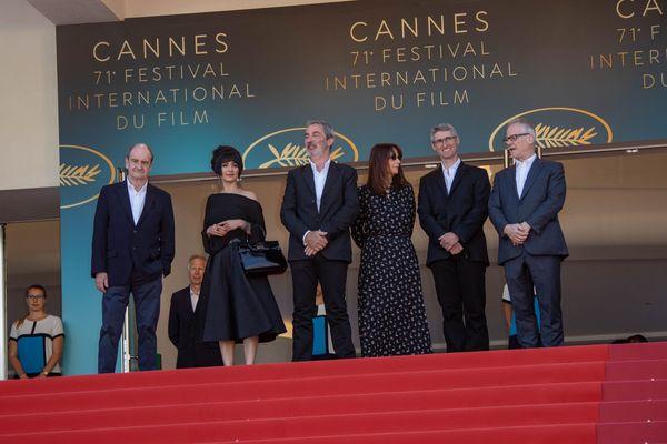 Cannes: Godard absent du tapis rouge pour la projection de son film.