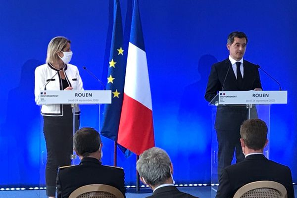 Barbara Pompili, ministre de la transition écologique et le ministre de l'intérieur Gérald Darmanin à Rouen le 24 septembre 2020