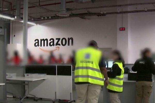 A l'intérieur d'un entrepôt Amazon