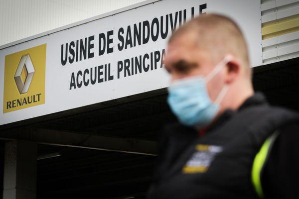 La fermeture provisoire de l'usine Renault de Sandouville (Seine-Maritime) a été infirmée par la cour d'appel de Rouen, ce mercredi 21 octobre.
