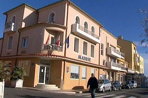 Valras (Hérault) - la mairie - janvier 2014.