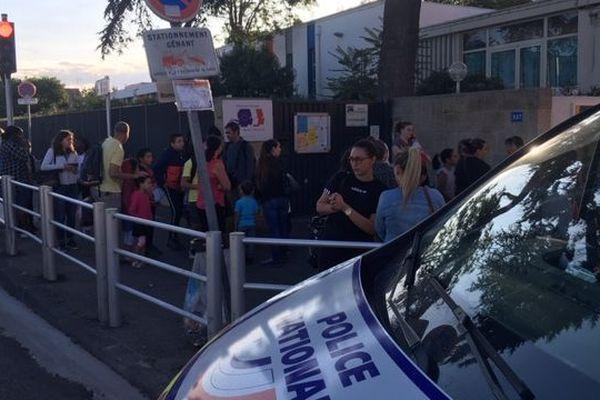 L'agression a eu lieu devant l'école élémentaire La Pauline dans le 9e arrondissement de Marseille