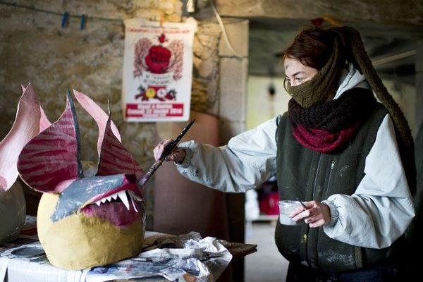 Atelier de préparation de masques à Notre-Dame-des-Landes
