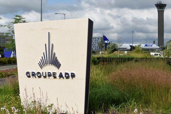 Le gouvernement veut céder tout ou partie des 50,63% que possède l'Etat dans le groupe ADP.