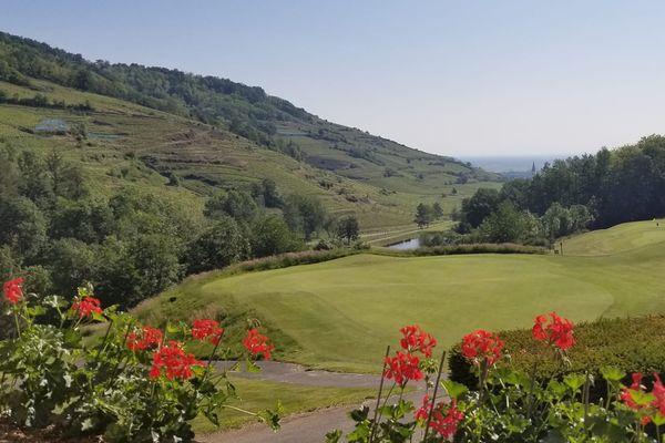 A Ammerschwihr, l'office de tourisme de la vallée de Kaysersberg propose une initiation au golf.