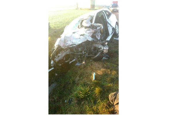 Ce qu'il reste de la voiture du conducteur décédé dans cet accident à Eclaron en Haute-Marne. Témoignage de la violence du choc frontal avec un camion.