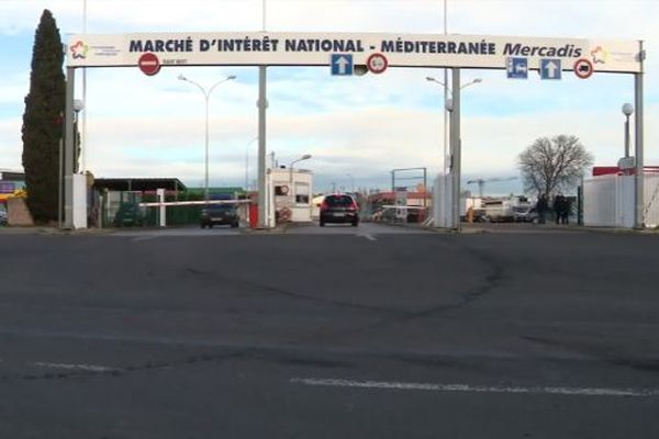 Au marché d'intérêt national de Montpellier, les grossistes s'adaptent pour écouler leurs stocks - décembre 2020