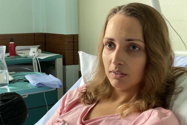 Frédérique, née dans un corps d'homme, aspire aujourd'hui à une vie plus heureuse grâce à la chirurgie.