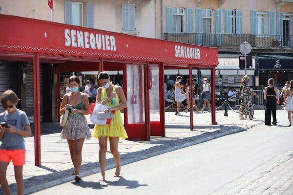 Le Sénéquier, célèbre café situé sur le port de Saint-Tropez (Archives)