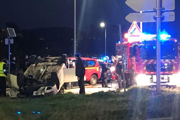 Deux personnes ont été légèrement blessées dans un accident de la circulation, rond-point de l'aéroport, à Ajaccio.