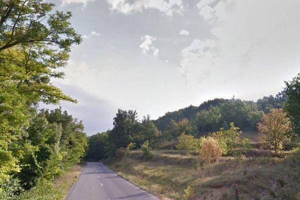 L'accident s'est produit de nuit sur la D952 à Roumoules.