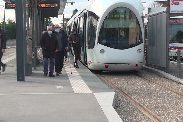 Le prolongement de la ligne de tramway T6 devrait accueillir près de 55 000 voyageurs/jours