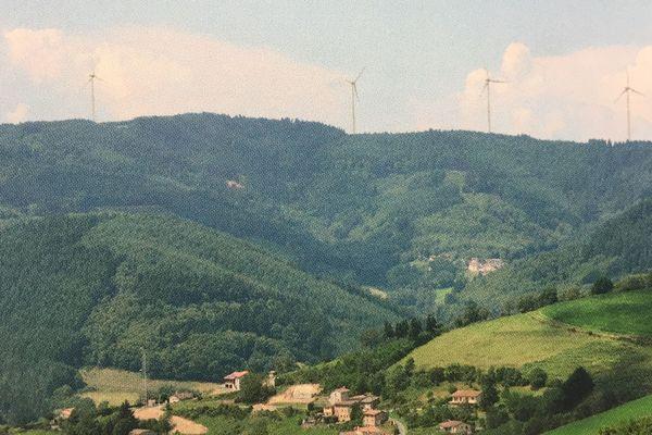 4 éoliennes devraient s'installer sur les hauteurs de la commune de Valsonne, dans le Beaujolais.