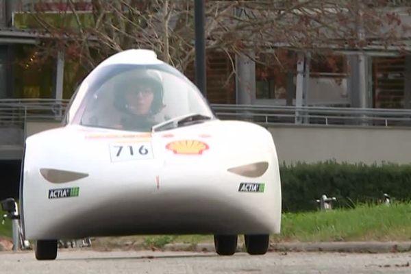La voiture du futur ressemblera sans doute à ce véhicule : légère, sobre et aérodynamique