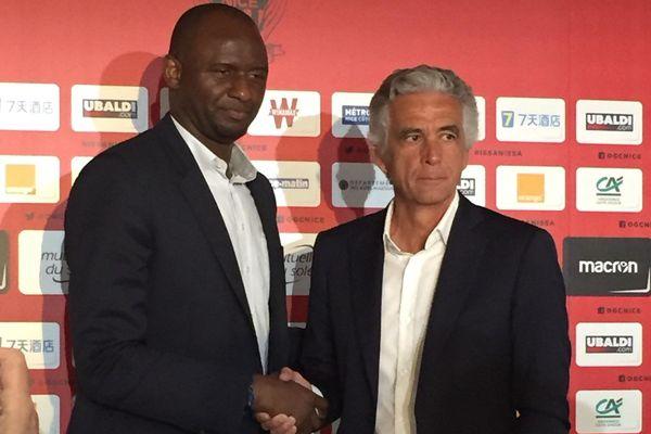 Patrick Vieira nouvel entraîneur de Nice avec le président Jean-Pierre Rivère lors de sa première conférence de presse.