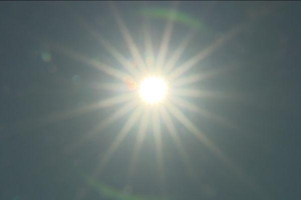 Le printemps 2020 a été l'un des plus chauds enregistrés en France, les températures estivales pourraient encore être supérieures à la normale