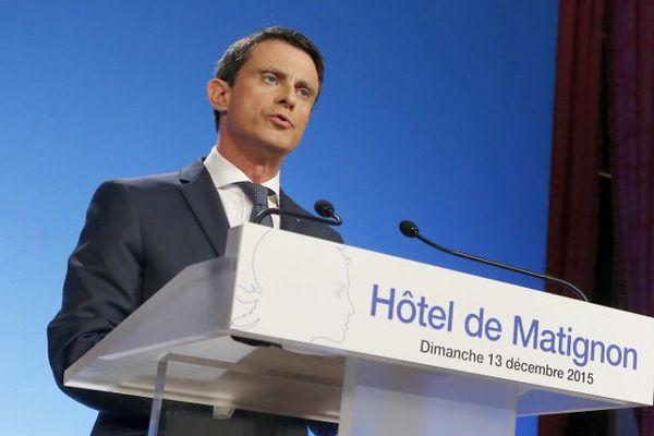 Manuel Valls lors de ce second tour des élections régionales.