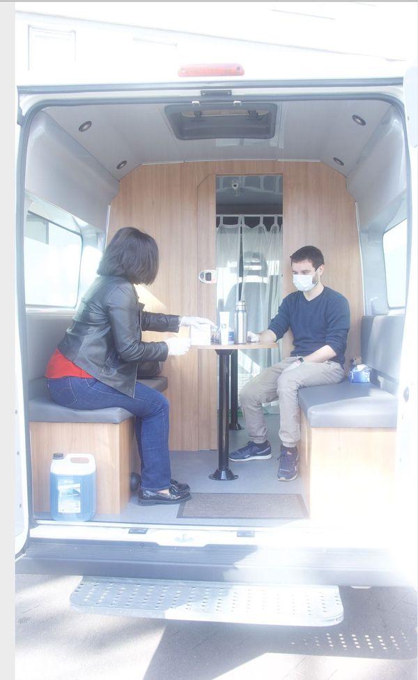 Un minibus pour des espaces de paroles confinés