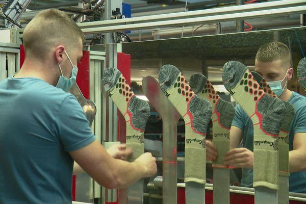 Les chaussettes Kindy fabriquée à Moliens dans l'Oise