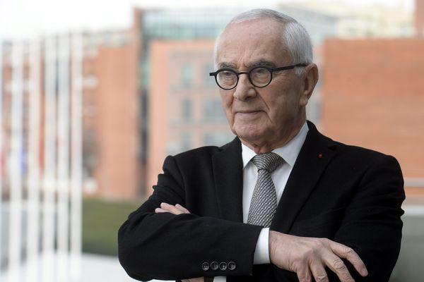 Martin Malvy devant le Conseil régional Midi-Pyrénées