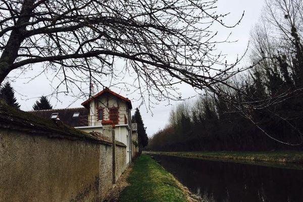 Canal d'Orléans, DONNERY