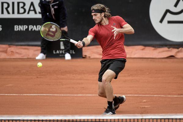 En finale du tournoi de Lyon, le grec Stéfanos Tsitsipas tentera de gagner dimanche 23 mai son deuxième titre de l'année
