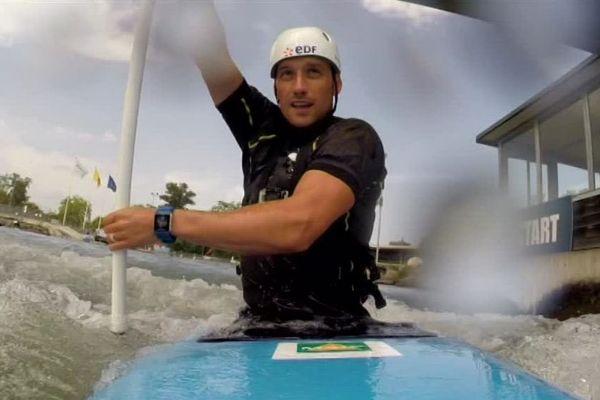 Le champion olympique Denis Gargaud-Chanut nous emmène à bord de son canoë-kayak.