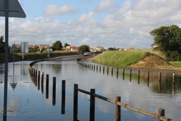 La rupture de canalisation a provoqué l'inondation du boulevard du Vendée Globe