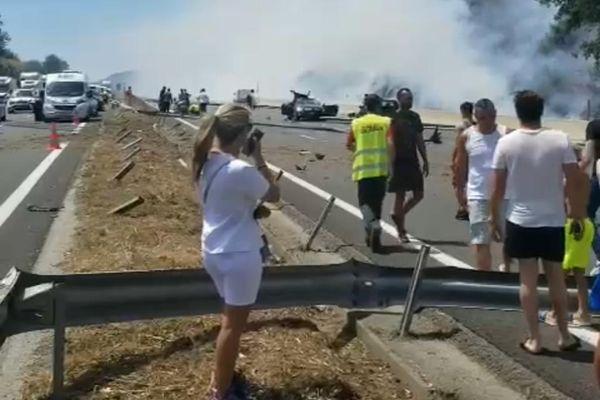 L'accident survenu ce mercredi 7 juillet implique  2 poids lourds et 5 voitures.