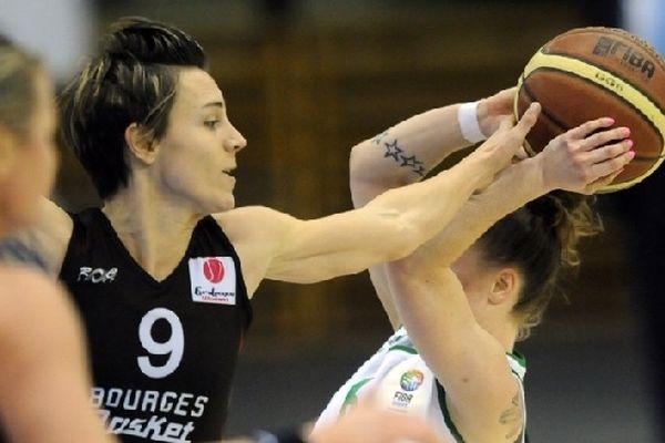Céline Dumerc durant le match d'Euroleague opposant le Bourges basket à Gyor (Hongrie) - 31 janv 2013