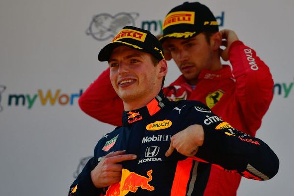 Max Verstappen remporte le GP d'Autriche devant Charles Leclerc.