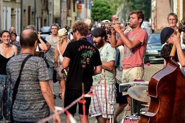 Jazz in Marciac, c'est 240 000 festivaliers pour 20 000 millions d'euros de retombées économiques.