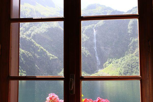 Les refuges de montagne sont autorisés à rouvrir à partir du 2 juin dans le respect des règles sanitaires en vigueur. Les quatre refuges propriétés du Parc National des Pyrénées ouvriront à la date unique du 9 juin prochain.