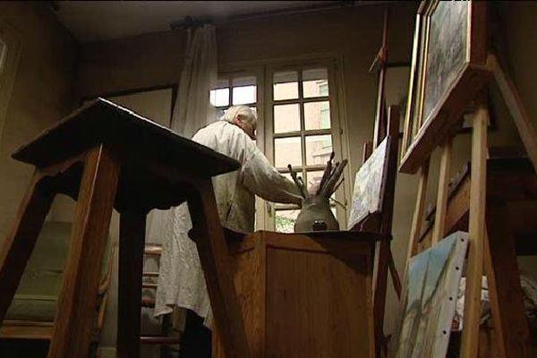 A 91 ans l'artiste Claude Chanteraud a décidé de quitter son atelier de la rue Gaignolle