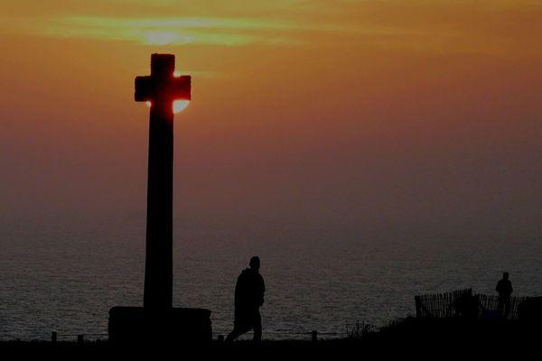 Le temps de faire une croix sur ce soleil exceptionnel de Février 2019 est venu, Pointe Saint Mathieu. Plougonvelin (29)