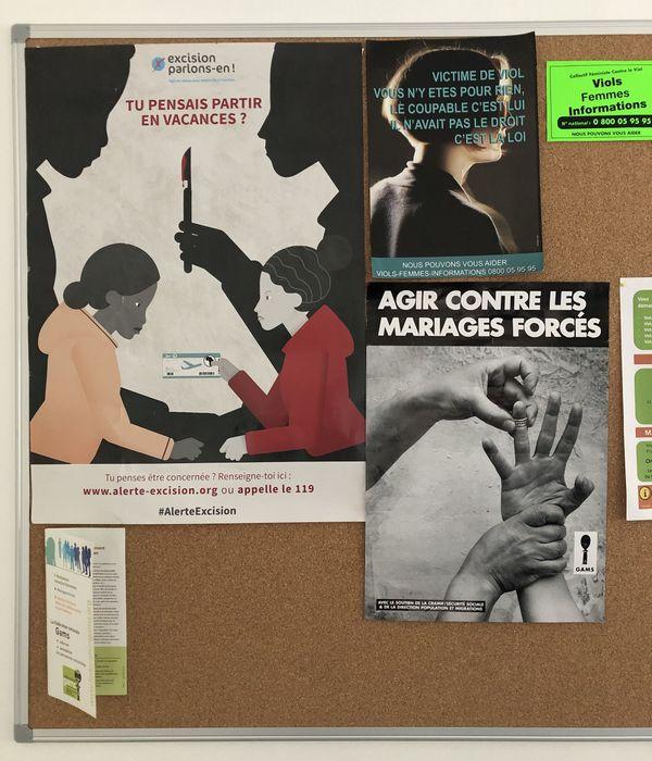 Les deux femmes luttent contre l'excision et contre les mariages forcés, comme le montrent
