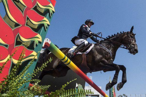 Karim Laghouag, né à Roubaix, vient de remporter une médaille d'or avec l'équipe de concours complet d'équitation.