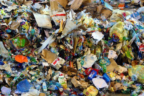 Selon certains chiffres, chaque habitant produit en moyenne 360 kilos de déchets par an.