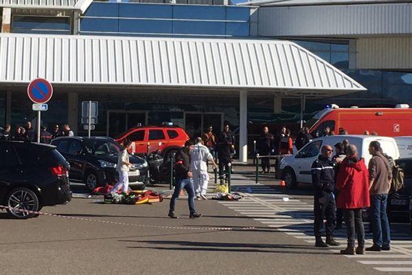 05/12/2017 -  fusillade à l'aéroport de Bastia-Poretta