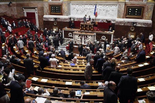 261 députés ont voté pour, 205 contre la réforme des régions, le 23 juillet 2014.