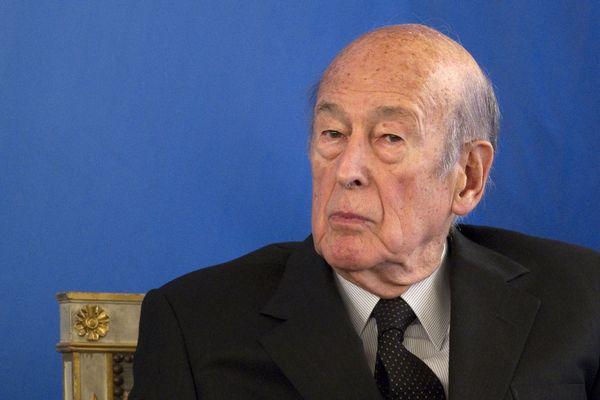 Valery Giscard d'Estaing a gouverné la France de 1974 à 1981.