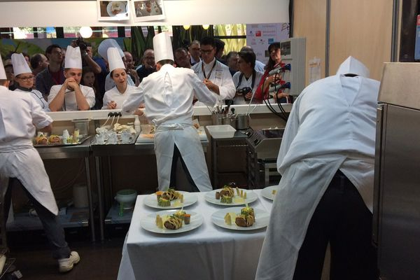 Les élèves du lycée Kyoto de Poitiers ici en pleine action, ont terminé 3èmes du concours.