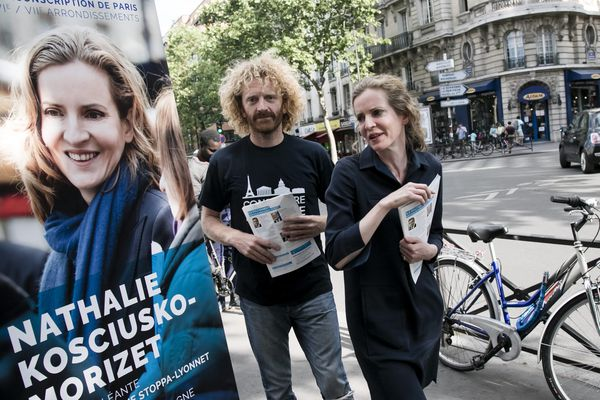 Nathalie Kosciusko-Morizet, en campagne pour les élections législatives à Paris.