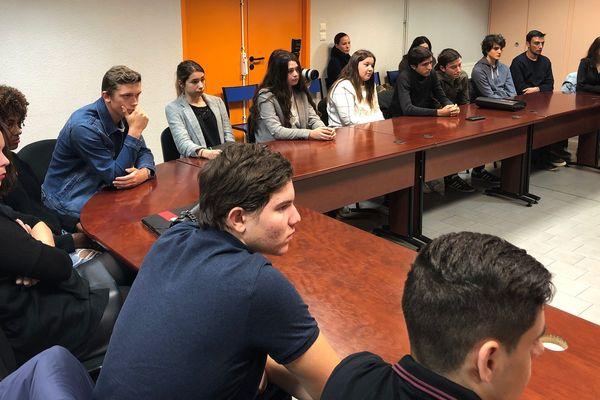 Rencontre hier à Ajaccio entre des élèves insulaires de terminale et des représentants de l'académie de Corse