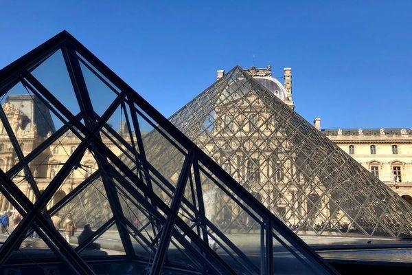 Les espadrilles catalanes de la marque Payote, seront bientôt proposées à la vente de la boutique du Louvre.
